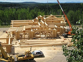 DBD Log Homes building a log home